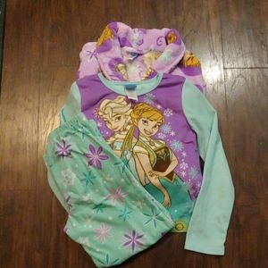 Disney Frozen bathrobe and PJ set.